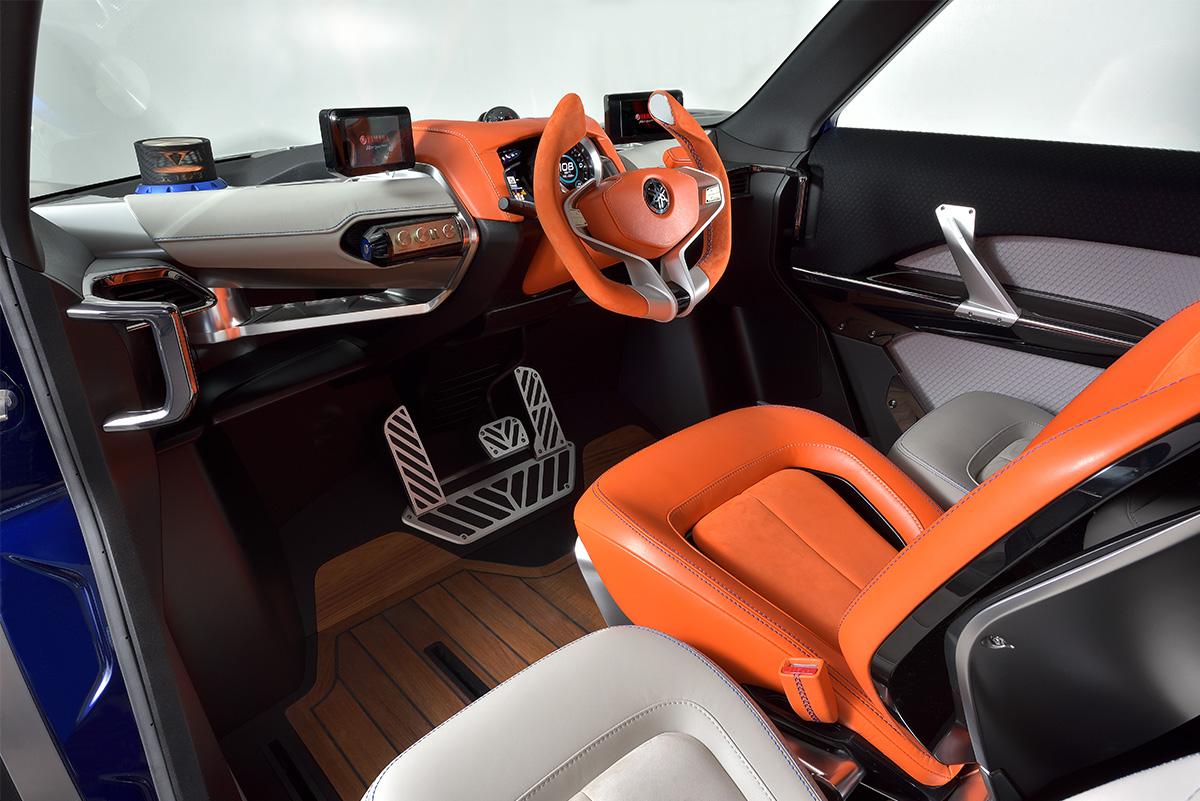 cross hub concept yamaha motor design. Black Bedroom Furniture Sets. Home Design Ideas
