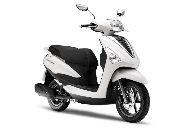 Yamaha Motor Launch New Acruzo Scooter In Vietnam