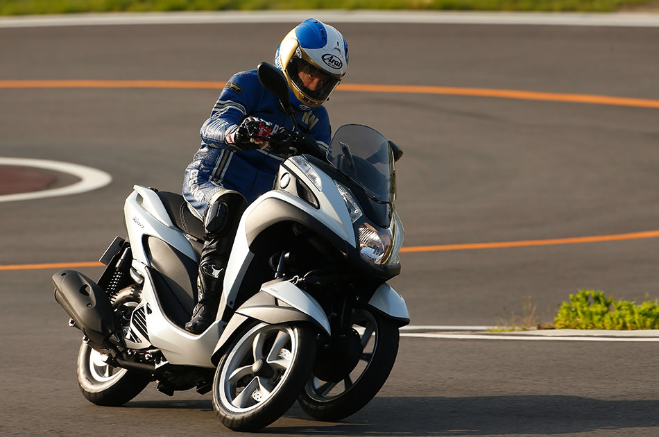 "The Goal of an Engineer Who Developed the YZR-M1:""Handling and performance in  tune with rider perceptions"""