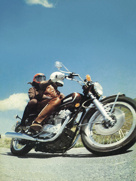 Advertisement photo for the 1973 TX650